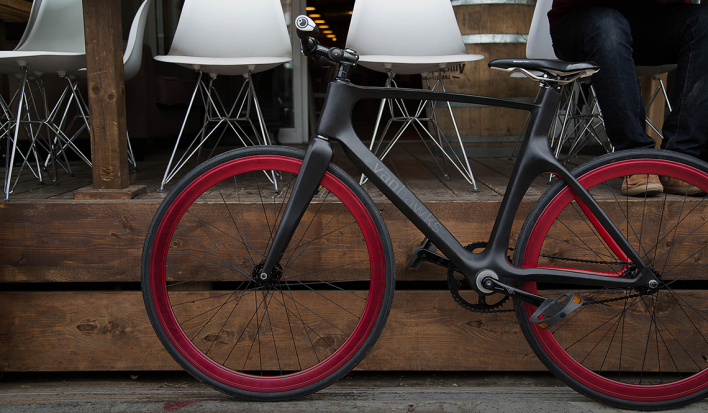 Vanhawks Valour: The Smart Bike